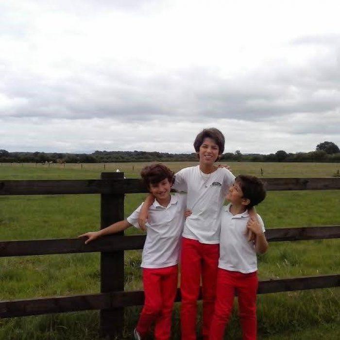 Hermanos pasando el año escolar en Irlanda